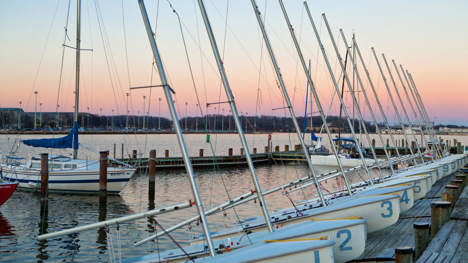 Hotels near Annapolis Harbor